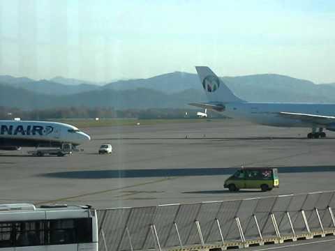 Milan airport Bergamo Orio 4.AVI