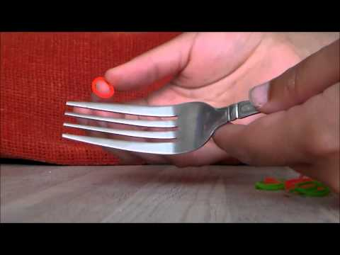 LOOM BAND DIY ON A FORK: How to Make a 3 Pinned Single Chain/Hexafish