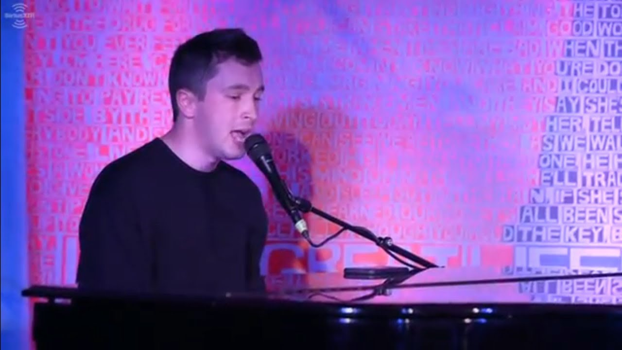 Tyler singing you to sleep with his piano (Trench era)