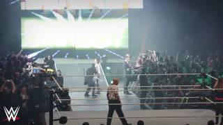 Der Entrance von Bayley: WWE Live Nürnberg, 23. Februar 2017