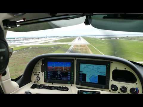 Cirrus SR 20 Touch and Go at Venice Airport VCE
