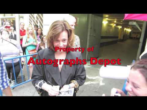 Sigourney Weaver signing autographs on Broadway