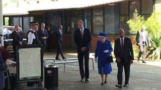 Queen visits scene of deadly London tower block blaze