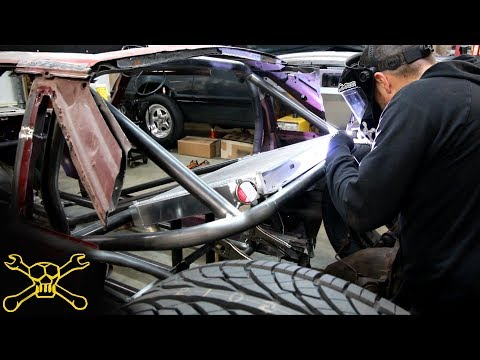 Rear Mounted Radiator & 4 Link Suspension | Mustang Hot Rod Build