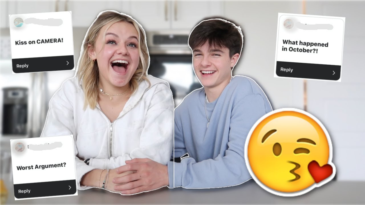 TEEN COUPLE PLAYS TRUTH OR DARE! He Asked Her!