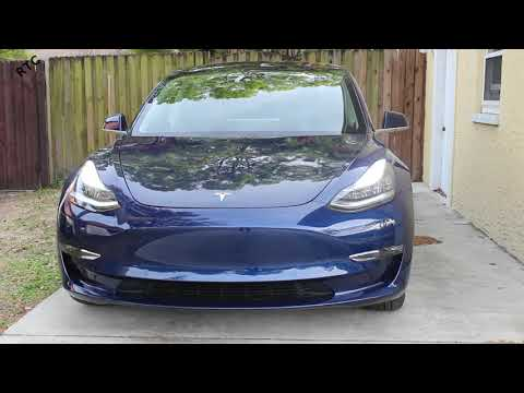 Tesla Model 3 - How To: Lock and Unlock Your Car With the Phone App