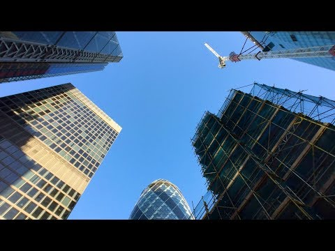 LONDON WALK | City of London from Liverpool Street Station to Monument Station | England