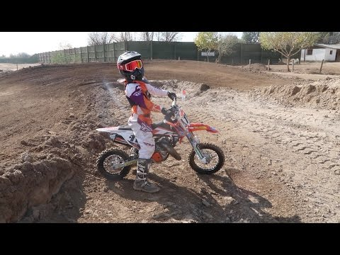 GETTING CRAZY AT THE DIRTBIKE TRACK!