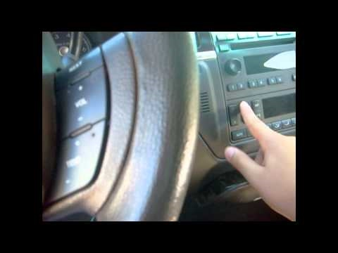 2007 Lincoln Town Car Limousine Short Tour, Startup, and Driving