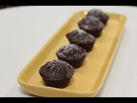 Eggless Chocolate Cupcakes   Sanjeev Kapoor Khazana