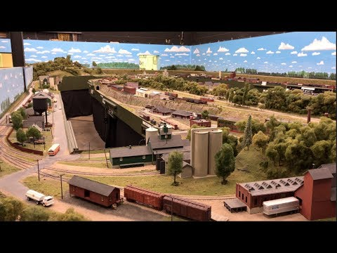 Wonderful Large Private Model Railroad layout in HO scale of York Railway Modellers 4K UHD