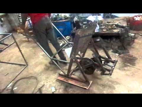 Mechanical engg students project--Rice planting machine, manual operated