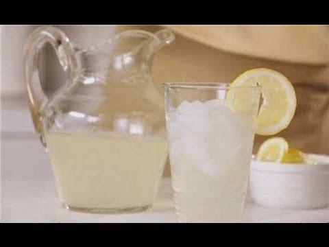Easy Lemonade Recipe - How to Make Homemade Lemonade