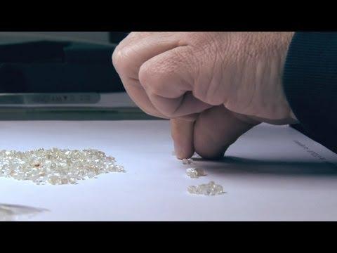 How to cut a diamond