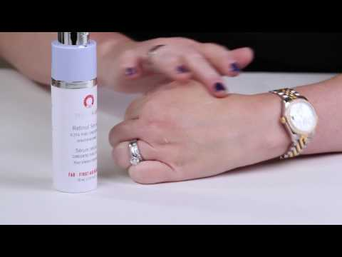 First Aid Beauty FAB Skin Lab .25% Retinol Serum Review