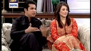 Iqrar Ul Hassan telling how he met his wife and how they got married