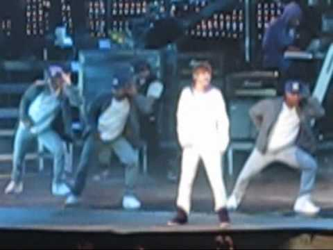 Justin Bieber - Love Me Live @ Oracle Arena