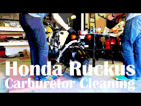 How to Clean the Carburetor in a Honda Ruckus