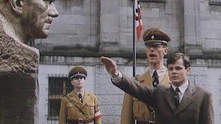 Холокост. Еврей стал немцем. Был комсомольцем, атеистом. Вновь стал иудеем.
