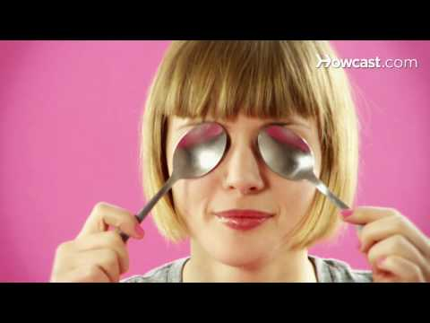 Quick Tips: How to Get Rid of Puffy Eyes