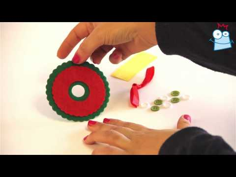 How to make a button wreath decoration