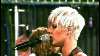 Download P!nk - 'Please Don't Leave Me' (Live on Max)