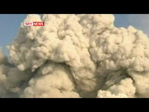 Iceland Volcano Grounds UK Flights  Volcanic Ash Sweeps Into British Airspace Closing Airports