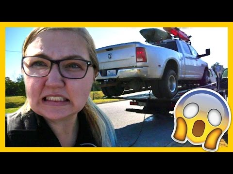 TOW TRUCK DISASTER...😱We almost lost our truck... 🚚Full Time RV Living
