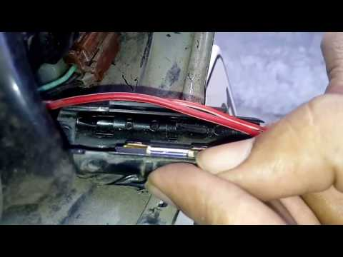 How to change fuse of Royal Enfield bullet