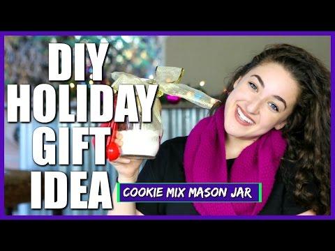 DIY HOLIDAY GIFT IDEA: Chocolate Chip Cookie Recipe Mix Mason Jar