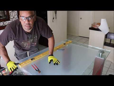 How to Cut Plexiglass or Plastic Glass