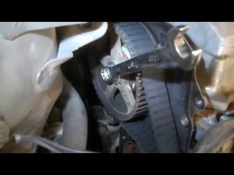 Timing belt replacement Toyota Camry 2000 2.2L 4 cylinder Water pump PART 1 remove replace