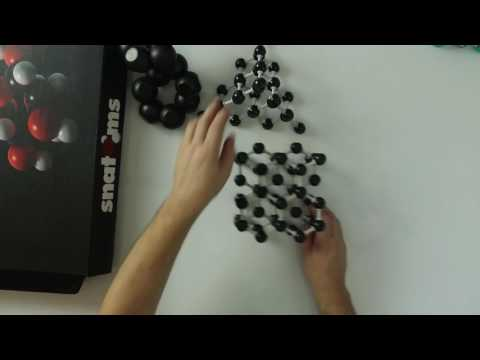 Giant Covalent Molecules with models of Molymod and Snatoms
