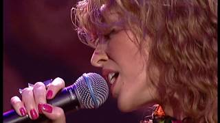 Kylie Minogue - Can't Get You Out Of My Head (Live TOTP Awards 30-11-2001)