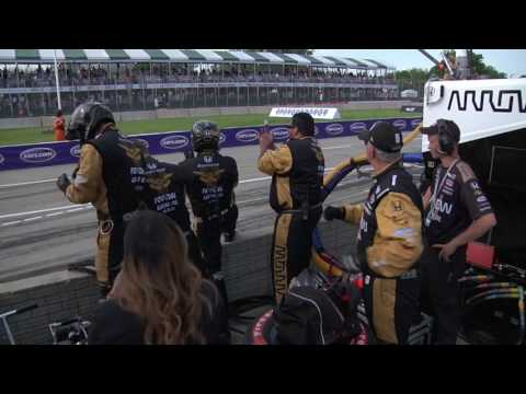 Schmidt Peterson Motorsports Race Team Gives Lincoln Student The Chance of a Lifetime