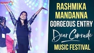 Rashmika Mandanna Entry | Dear Comrade Music Festival | Vijay Deverakonda | MMM