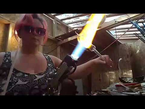 Glassblowing Demo ~ Borosilicate ~ Making A Pipe ~ wrap and rake ~ color fade