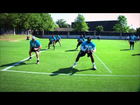 Carolina Panthers Kick slide and react drill: Offensive line