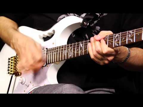 The World's Largest Online Guitar Lesson with Steve Vai
