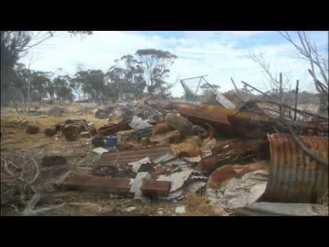 Two Day Relic & Scrapping Roadtrip - Farm Dumps - Abandoned Cars & Houses  - 1930's Number Plate