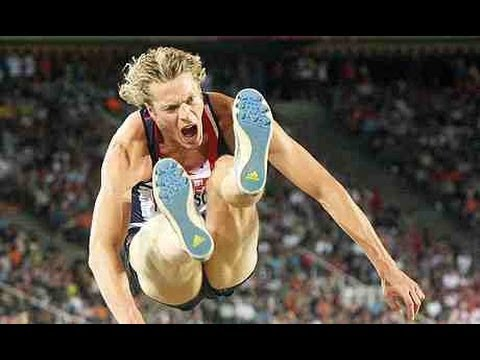 Chris Tomlinson explains how to do the Long Jump & Triple Jump
