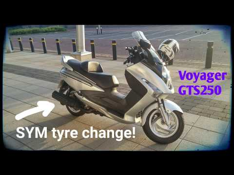 Scooter tyre change. Step by step.