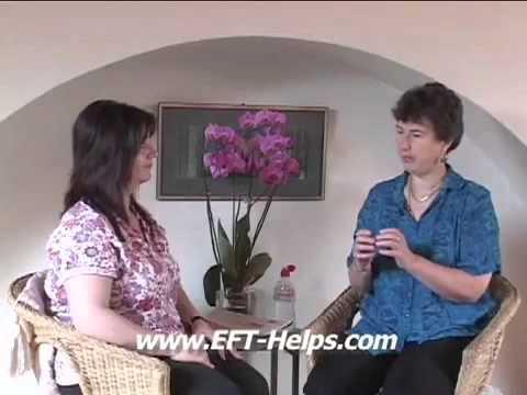 EFT-Helps - Watch EFT Master Gwyneth Moss work with an Eyesight Issue