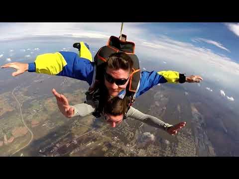 Jaime Schlau's Tandem skydive in Northeast PA!
