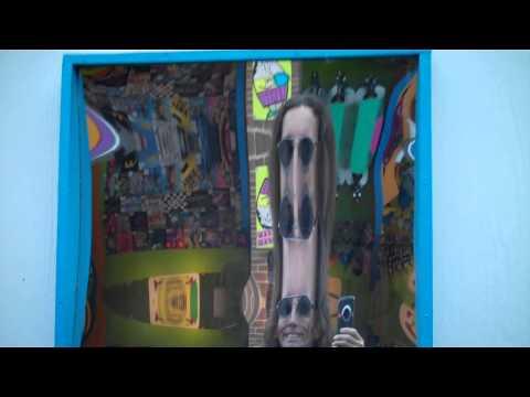 Funhouse Mirror - Creepy Effect
