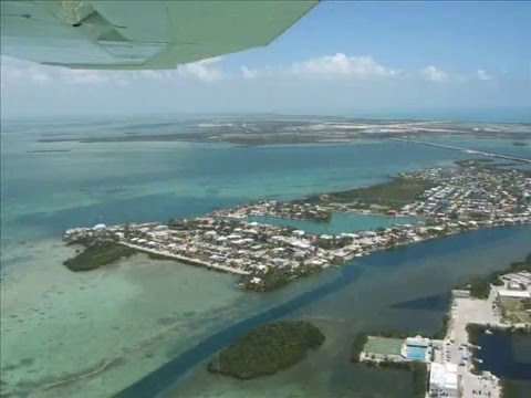 Low flight from Miami to Key West - Florida (FL)