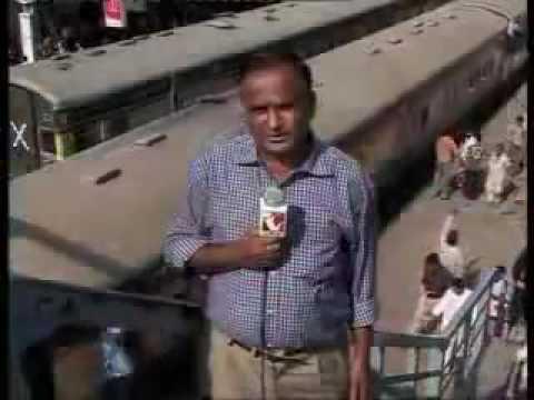 Funny Pakistani Reporters.......Real Scene From bajrangi bhaijaan