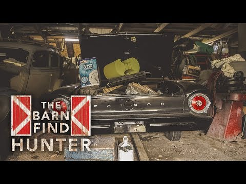 Classic Fords, Chevys and more! Some even run!! | Barn Find Hunter - Ep. 31