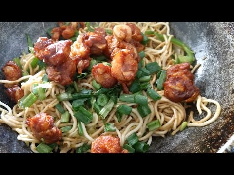Prawn Hakka Noodles|home-made|Desi chinese..........................................................