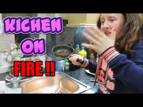 Kitchen On Fire!! Pancake Day 2018